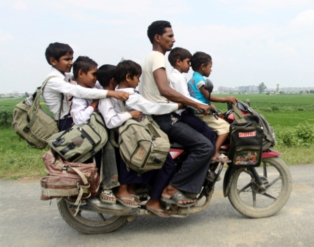 family-motorcycle-india.jpg