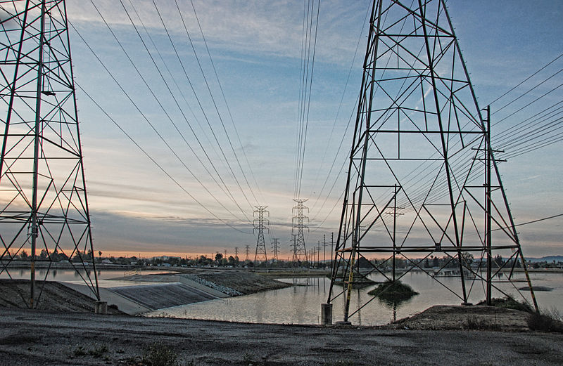 800px-Power_Lines_in_Pacoima