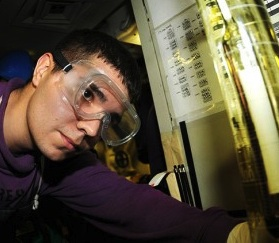 Thumb_Biofuels_are_tested_aboard_Nimitz._1-460x250